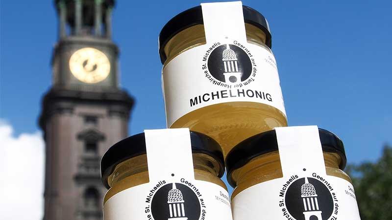 Erster Honig vom Turm des Hamburger Michel © P. Vette/St. Michaelis