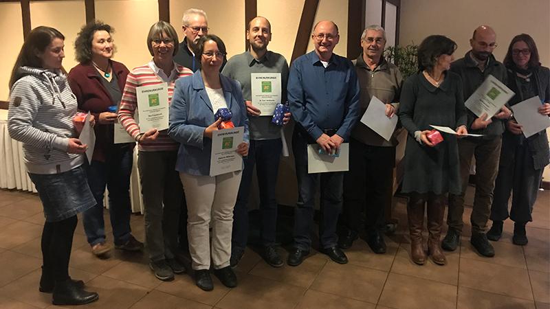 Gleich eine ganze Reihe von Mitgliedern wurden für ihr Engagement im vergangenen Jahr geehrt, unter anderem für die Gestaltung des Bienengartens, für die Betreuung des Bienenmuseums und für die Durchführung des Imkerfests 2018