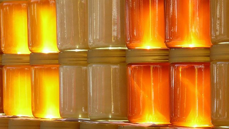 Der Honig steht im Mittelpunkt der diesjährigen Jahreshauptversammlung – Foto: Hans Braxmeier/Pixabay